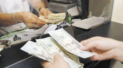 Terrible escenario: brutal caída de remesas llegaría a US$ 167 millones este año