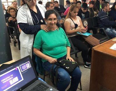 Médicos ofrecerán consultas gratuitas en encuentro virtual por la Semana Internacional de la Tiroides