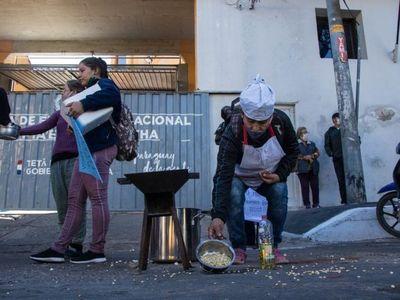 Ollas populares: Claman por comida digna y de calidad