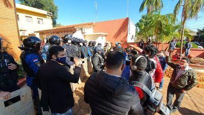 Junta rechaza pedido de intervención a gestión de Rubén Rojas