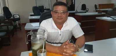 Perorata del edil liberal Joselino Chaparro para justificar blanqueo de obras fantasmas