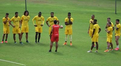 Futbolistas retoman las prácticas en Ecuador