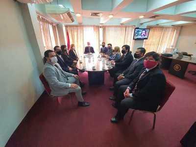 Fiscales de Anticorrupción se reúnen con titular del JEM por constantes amedrentamientos