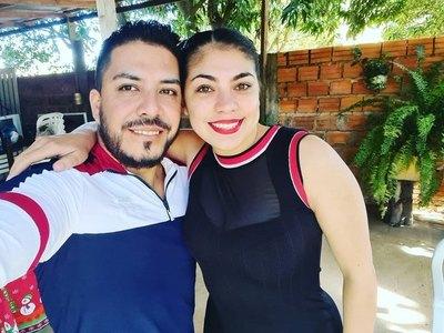 """""""Pesoca"""" Portillo volvió a mostrarse con su novia"""