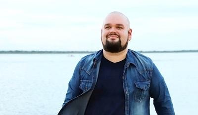 El artista Fer Garbarino se lanza como solista