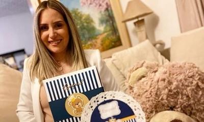 Fabisol Garcete tuvo un baby shower hogareño
