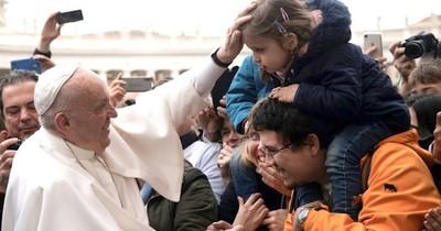 """El Papa insta al """"fin de la violencia"""" en Libia"""
