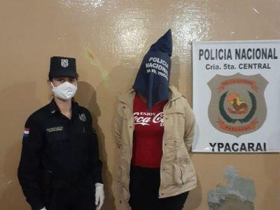 Vecinos atraparon a una motochorra en Ypacaraí