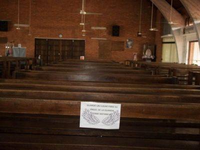 Mazzoleni respondió a la Iglesia y advirtió que brotes de COVID-19 se dieron en templos