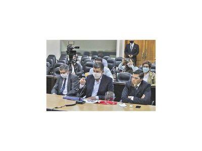 Paran audiencia a Efraín al cambiarse imputación  fiscal