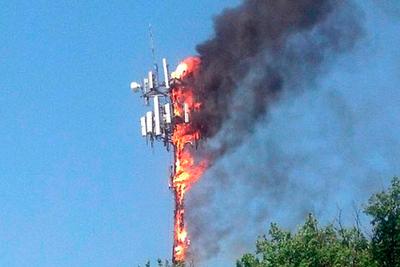 Paraguay no es una excepción: queman antenas 5G imaginarias en varios países