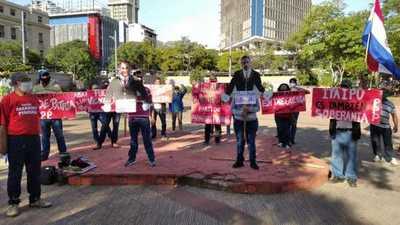 Partido Paraguay Pyahura se manifiesta para repudiar el intento de endeudamiento de Itaipú