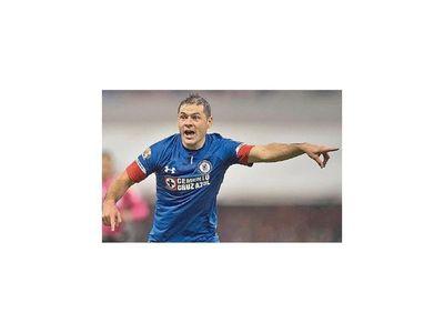Pablo Aguilar se recupera en Cruz Azul
