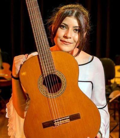 Ally Gómez, joven promesa musical