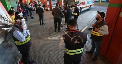 """Viajes al interior siguen: """"Buses tienen prohibido parar en San Roque"""""""