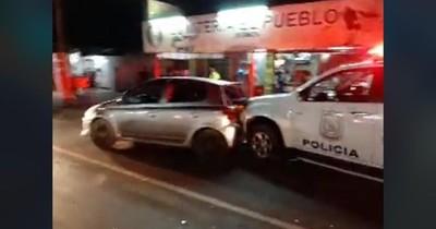 Cuádruple choque en Ñemby involucra a una patrullera de la policía