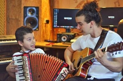 Miguelito y Bruno Quintana, padre e hijo unidos por el amor al arte