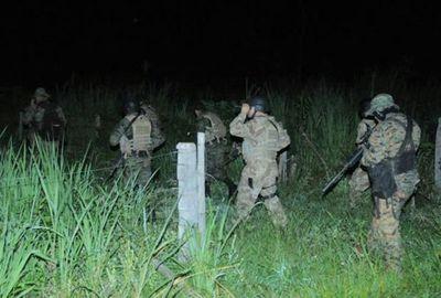 Incendio en zona donde encontraron cuerpos de miembros de la ACA