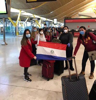 Con unos 700 retornos previstos esta semana, Paraguay superará más de 8.000 repatriados durante pandemia