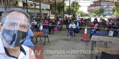 ARRIBA ÓMNIBUS CON COMPATRIOTAS DESDE ARGENTINA A ITAPÚA.