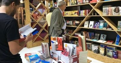 La primera feria virtual de libros de Paraguay se inaugura por Facebook