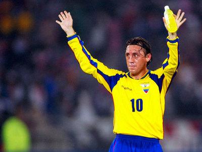 Aguinaga dice que Ecuador podría jugar como el Barcelona de España