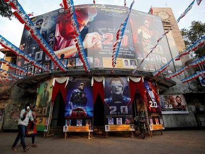Bollywood reanuda los rodajes de cine pese al coronavirus en India