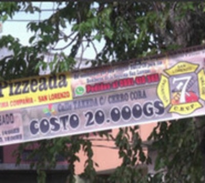 Bomberos apelan a solidaridad organizando pizzeada