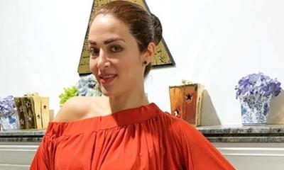 """Claudia De Andrade está a """"full"""" con su huerta"""