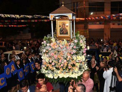 Celebran 76 años de fe a la Virgen del Perpetuo Socorro