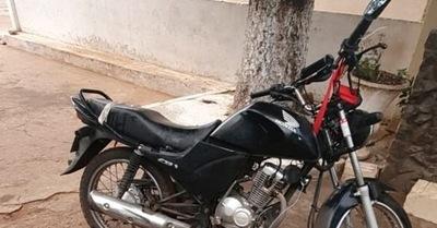 Abandonan motocicleta robada