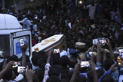 Crece la indignación en India por dos presuntos casos similares al de George Floyd