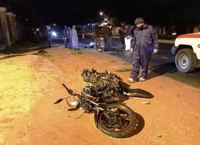 Motociclista murió tras ser embestido por auto, cuyo conductor huyó • Luque Noticias