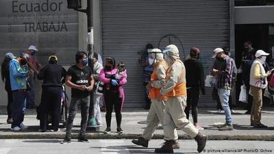 Ecuador: sanción de US$ 100 y 400 por violar cuarentena, más cárcel si reincide