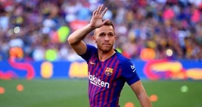 HOY / Barcelona traspasa al brasileño Arthur a la Juventus