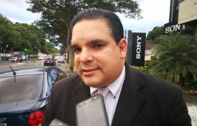 """López Arce: """"Quedó grande el nombre de reactivación económica. Es un plan de aguante"""""""