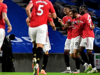 Manchester United trepa a puestos europeos