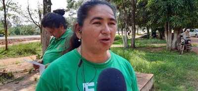 Campesinos de la FNC cierran ruta en Caaguazú