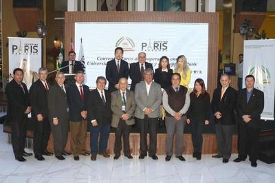 La UNE firma un importante convenio con Shopping París