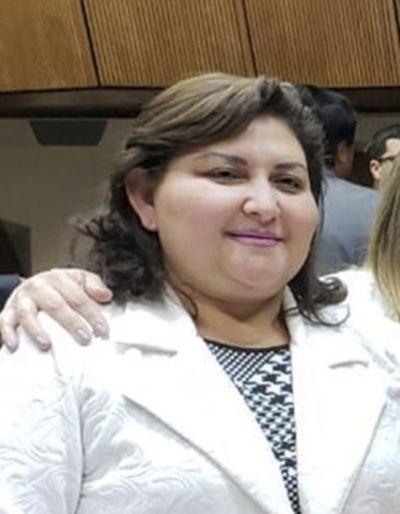 Diputada liberal consiguió cargo en IPS para su hijo