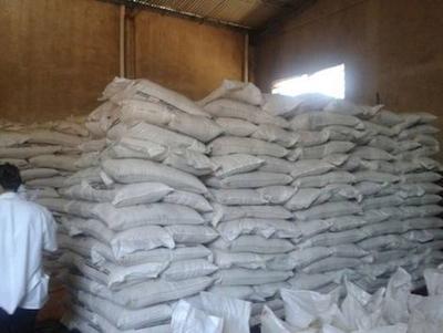"HOY / Protesta de cañicultores: ""El país está abarrotado de azúcar de contrabando"""