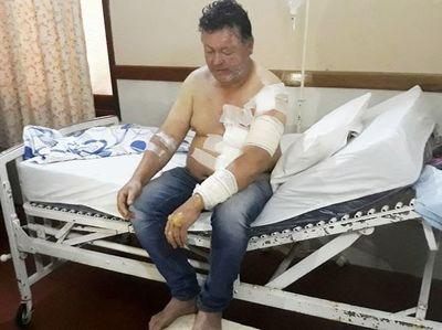 Hombre arriesgó su vida para salvar a sus hijas