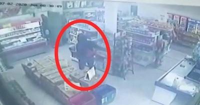 Violento asalto a un local comercial