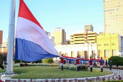 Tras vencer la pandemia, Paraguay busca retomar el crecimiento