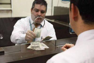 Habilitan bolsa de trabajo para bancarios cesados a causa de la cuarentena