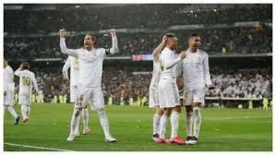 Real Madrid a punto de ser campeón. Siempre con ayudín