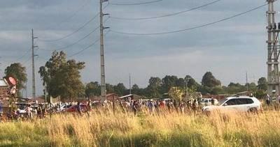 Fiscalía investiga carrera de caballos en Villa Hayes por aglomeración de personas