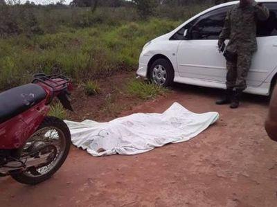 Motociclista perdió la vida tras caer de su biciclo