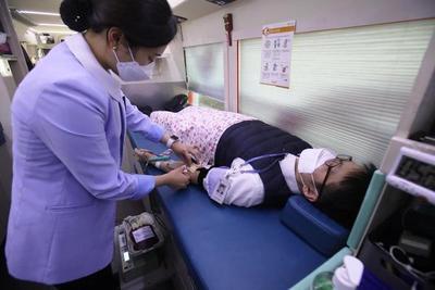 Pacientes recuperados de Covid-19 donan plasma • Luque Noticias