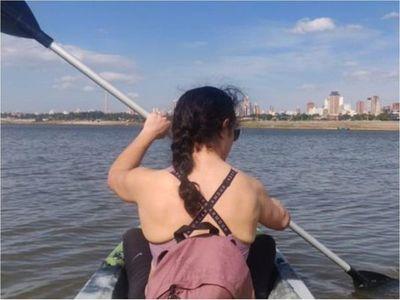 Joven médica que luchó contra el COVID-19 se despide de Paraguay